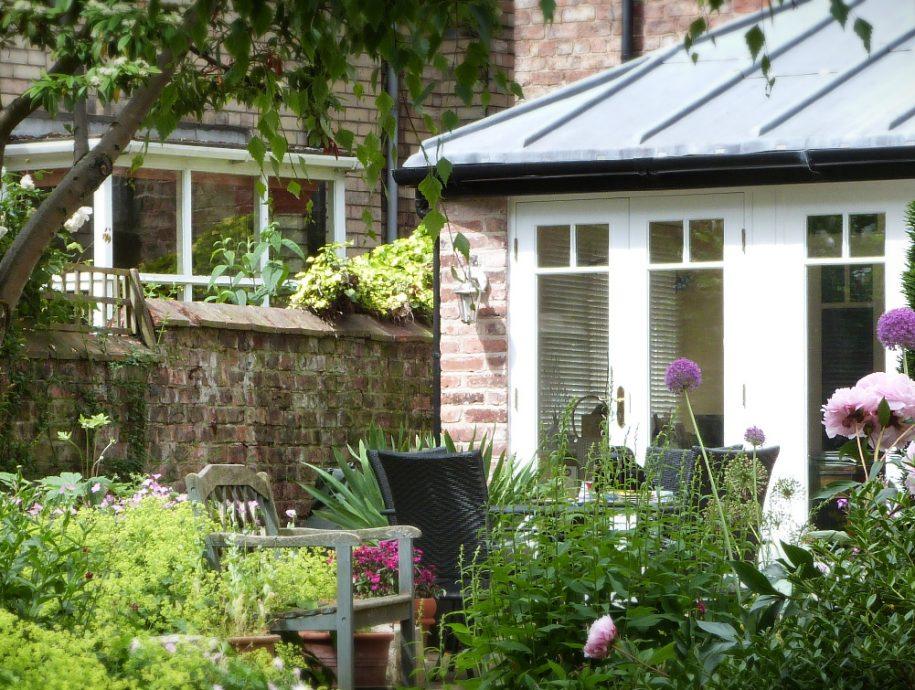Garden Designer Sue Lindley
